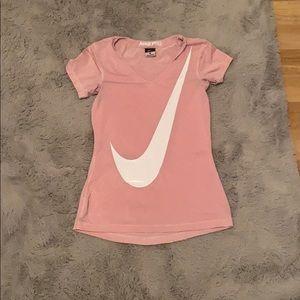 Nike Tops - Pink nike shirt